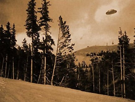 flying-saucer-hovers-above-trees-on-oregon-mountainside