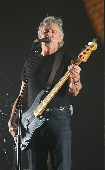 Roger+waters+amused+to+death
